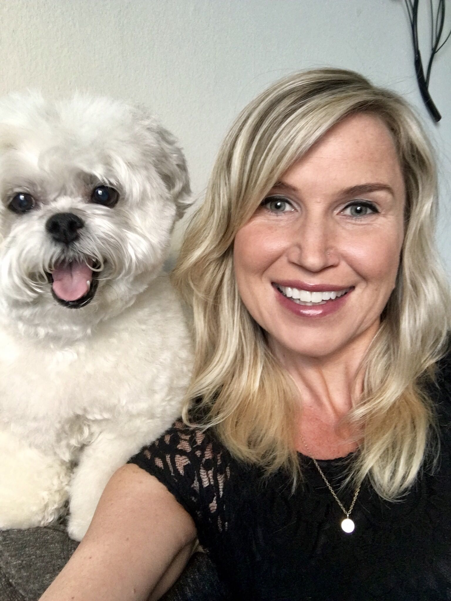 Amy is a Product Marketing Manager for UserTesting. When she's not advocating for customers or crafting compelling product messaging, she's most likely going for a run or managing the fans of her dogs' Instagram accounts.
